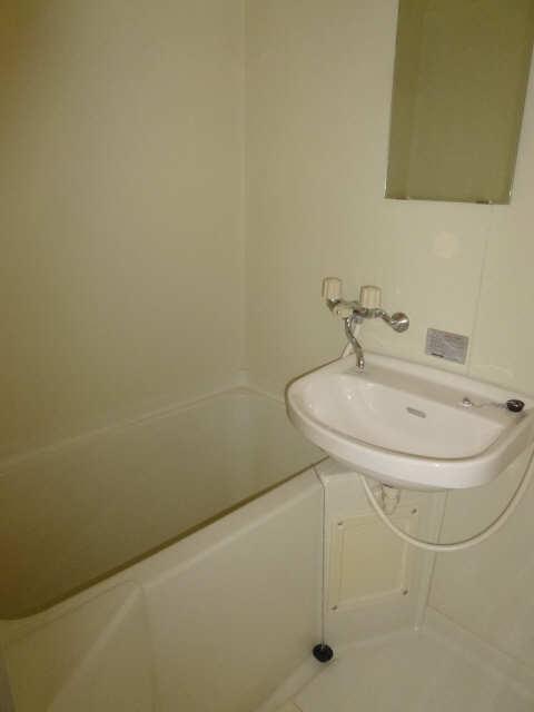 レセンテ馬引 1階 浴室