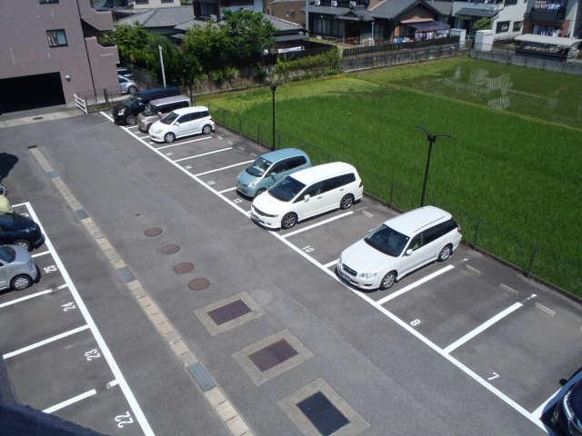 エクセルナカゼン 2階 駐車場