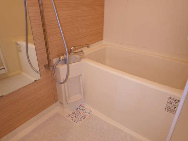 エクセルナカゼン 2階 浴室