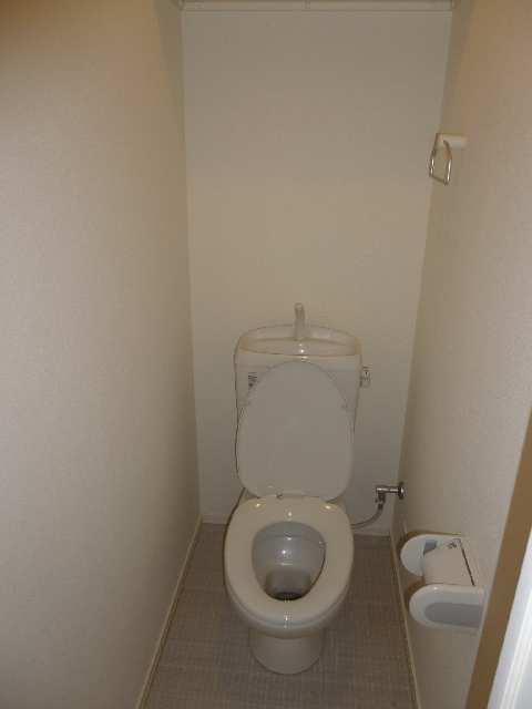 リヴェール清水山 1階 WC