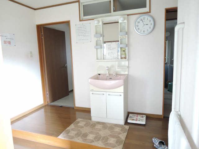 宝荘 2階 共用洗面所