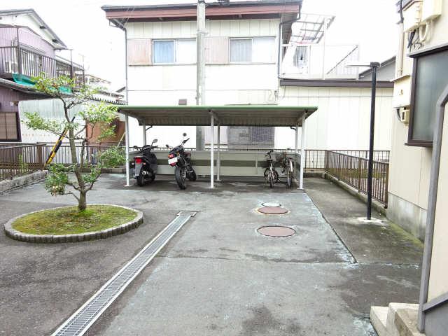 ポートタウンA・B 2階 駐輪場