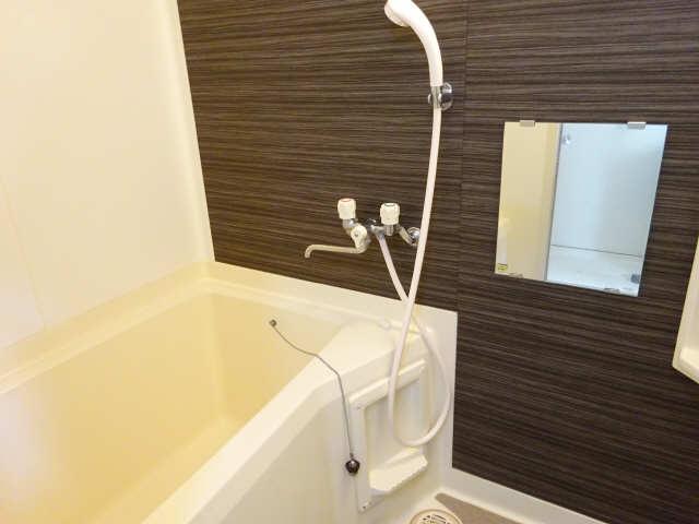 ポートタウンA・B 2階 浴室