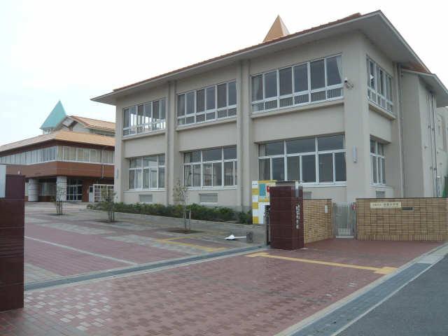 オーシャンハイム 3階 弥富中学校
