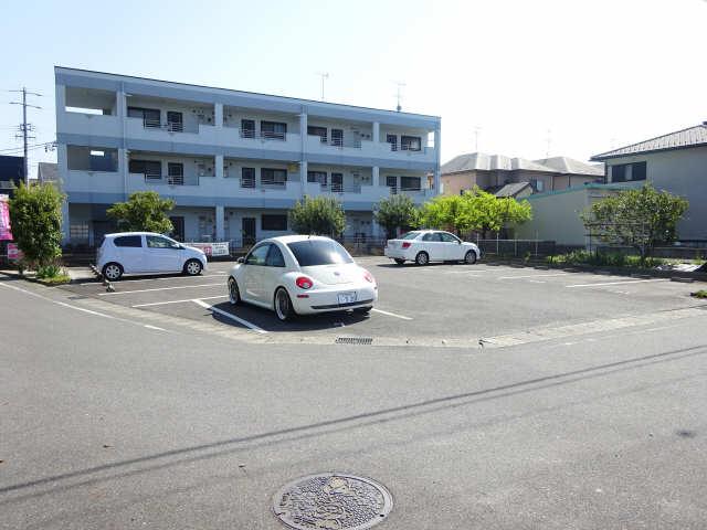 オーシャンハイム 3階 駐車場