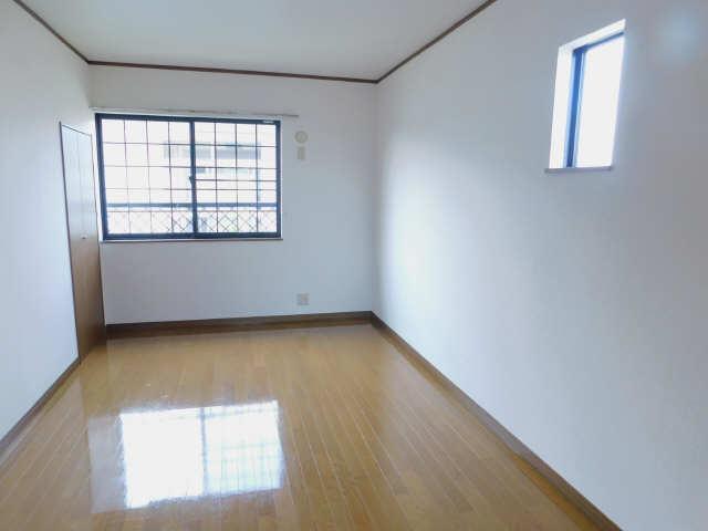 ラポール弥生  2階北洋室