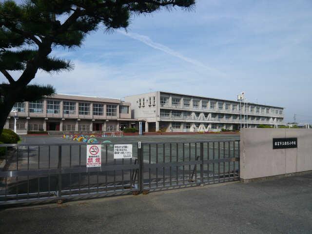 シャルム マノワールB 1階 弥生小学校