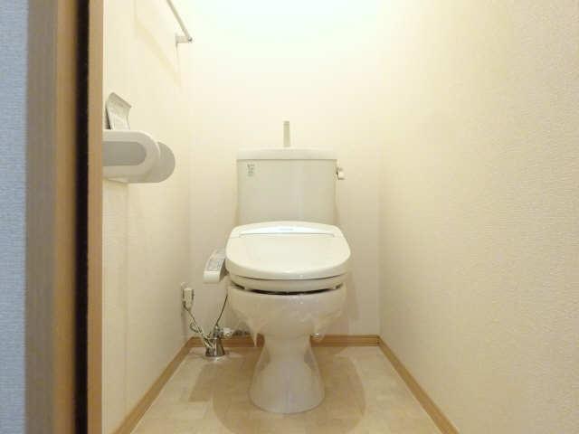 シャルム マノワールB 1階 WC