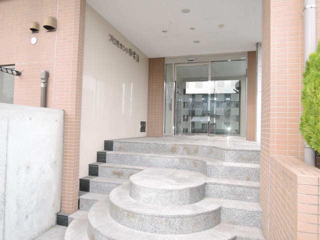 プロミネント弥富 Ⅱ 3階 エントランス