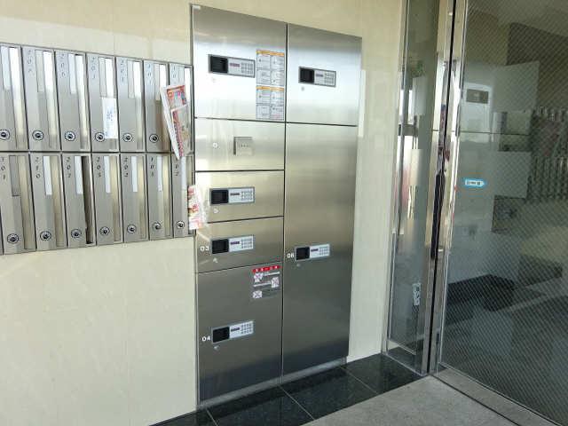 プロミネント弥富 Ⅱ 3階 宅配ボックス&集合ポスト
