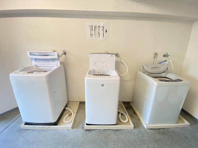 フォーブル御器所 2階 洗濯室