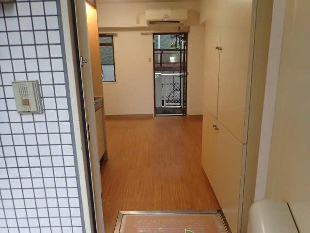 フォーブル御器所 1階 玄関