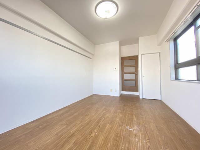 アームス東畑 6階 室内