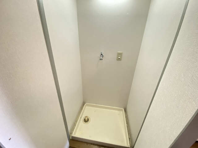 アームス東畑 6階 洗濯機置場