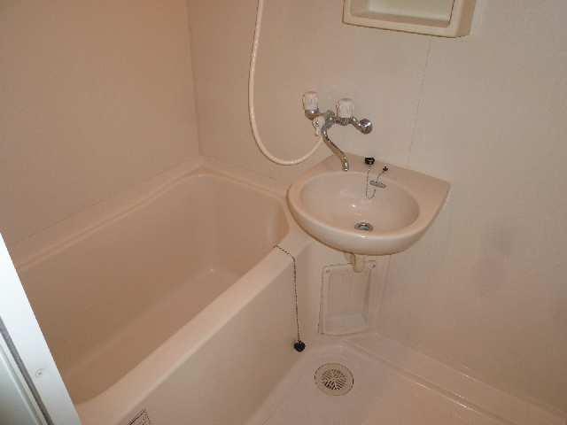 パックス荒畑 4階 浴室