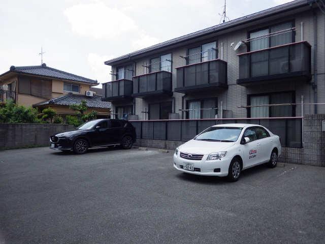 CozyCourt池端 1階 駐車場