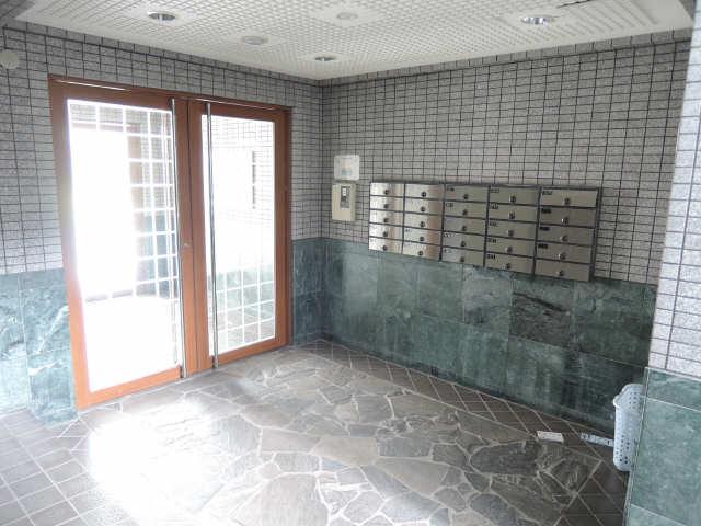 レジデンス滝子館 3階 ロビー