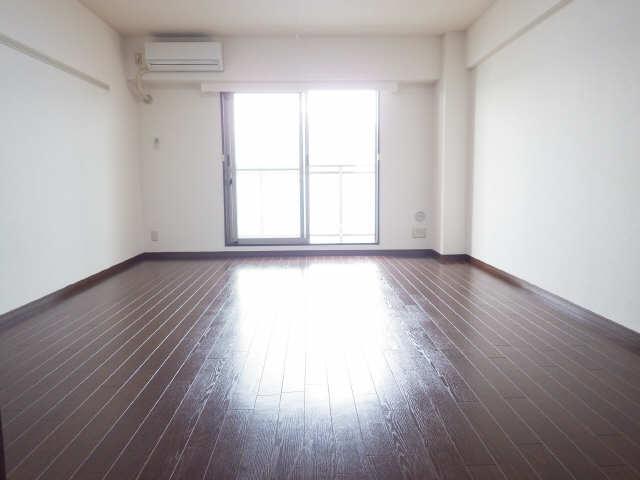 鶴羽之彩 3階 室内