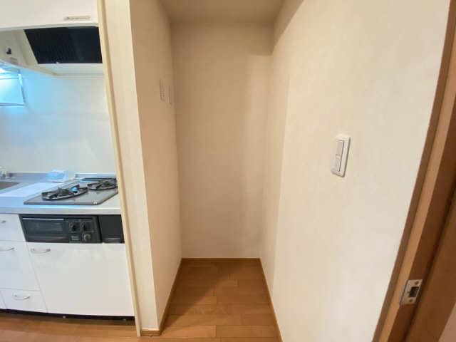 ボヌール 2階 冷蔵庫置き場