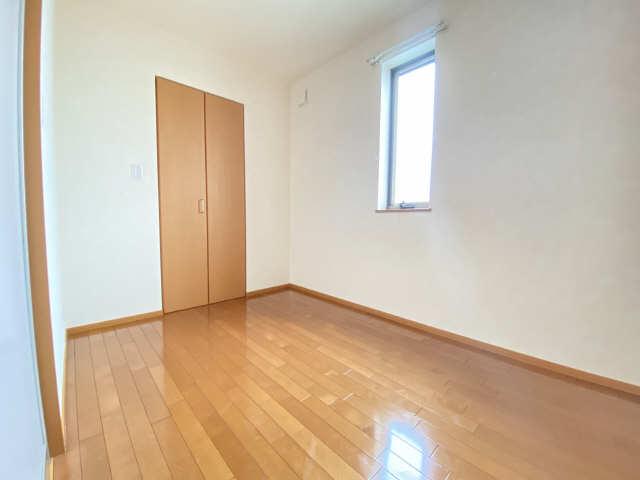 ボヌール 2階 洋室