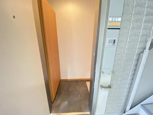 ボヌール 2階 玄関