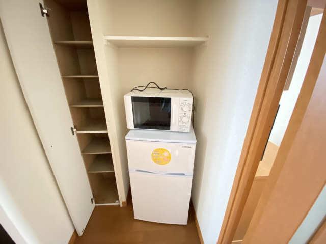 レオパレス和楽 2階 冷蔵庫・電子レンジ