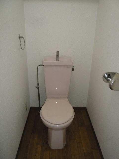 イルプリンチパーレ 4階 WC