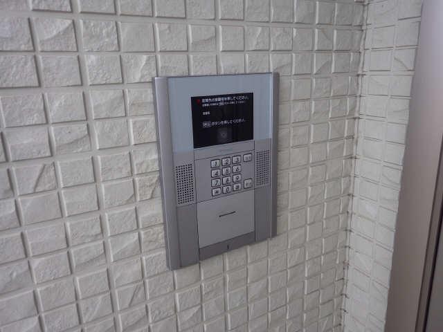 マノワール十六田 1階 セキュリティ