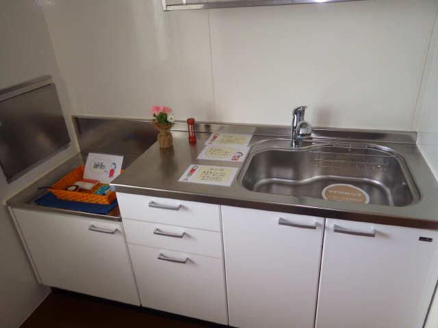 マノワール十六田 1階 キッチン