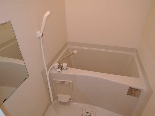 ドミール御日塚 1階 浴室