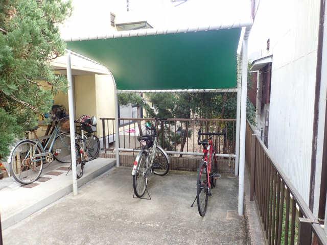 セジュール113 駐輪場
