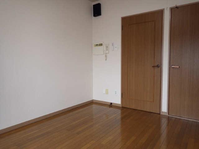 ラ・ウォーム 4階 室内