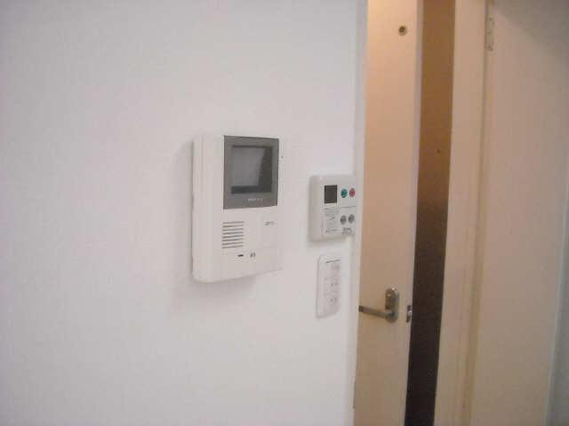 ルミナスコート 1階 モニター付インターホン