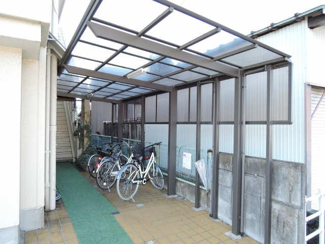 緑園第2サンコーポ 3階 駐輪場
