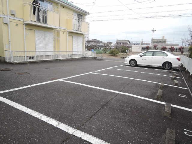 OBAZUKA5 YOU YOUC棟 1階 駐車場