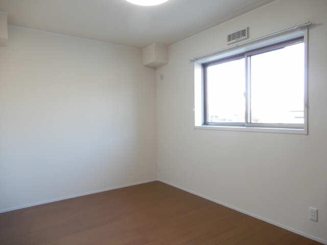 エルメゾン平川本町 1階 室内