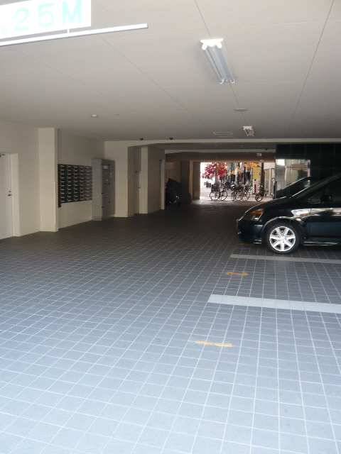 GRAN DUKE 四日市 3階 駐車場