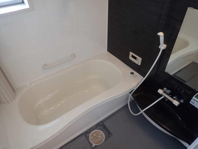 ラポールSAKURA 1階 浴室