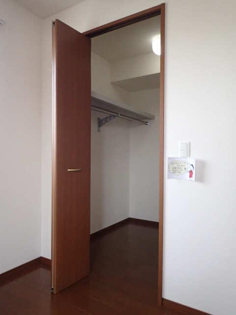ラポールSAKURA 3階 収納