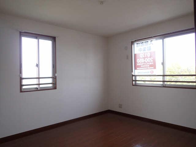 ラポールSAKURA 3階 室内