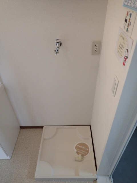 ラポールSAKURA 3階 洗濯機置場