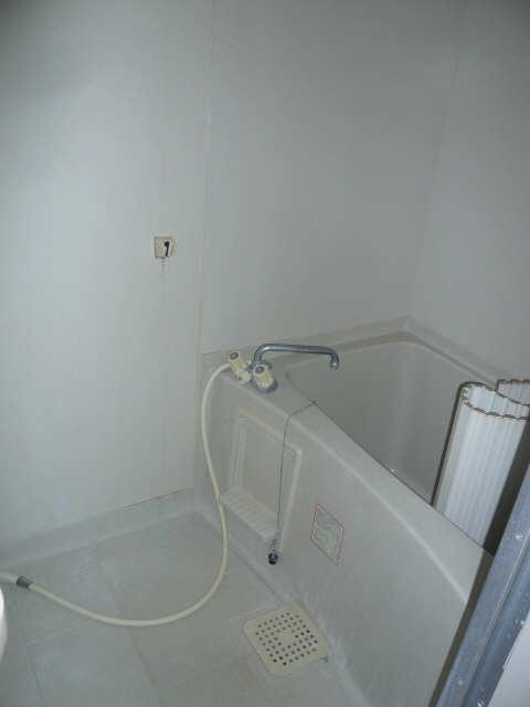 ロイヤルマンションHAMADA 2階 浴室