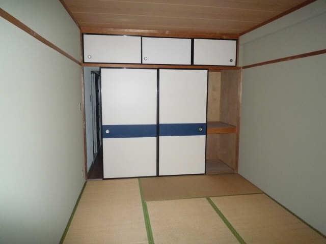 ロイヤルマンションHAMADA 4階 室内