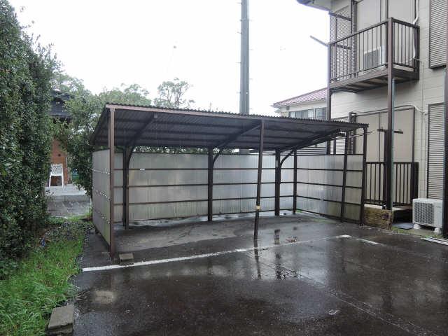 サンMTT 1階 駐輪場