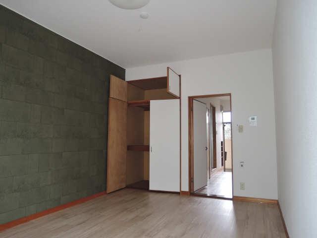 サンMTT 1階 室内