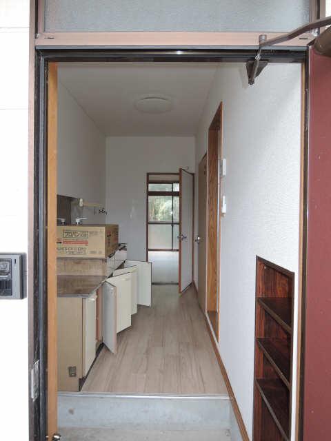 サンMTT 1階 廊下