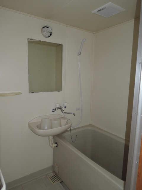 サンMTT 1階 浴室