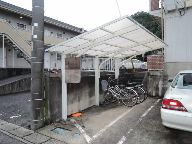 サンライフ・S 2階 駐輪場