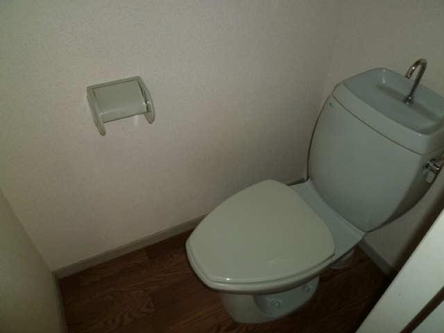 ビーライン・イソベ 1階 WC