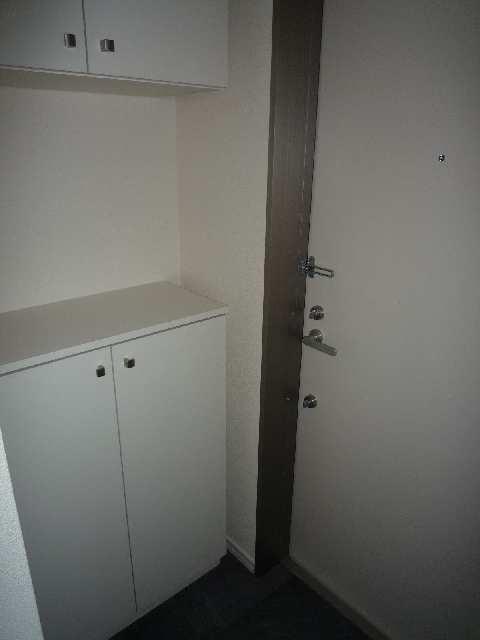 グリーンヒルズ和幸 3階 シューズボックス